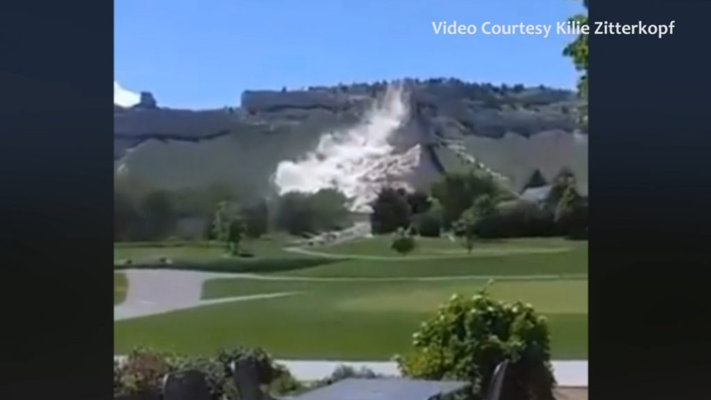 Scotts Bluff National Monument rockslide caught on camera