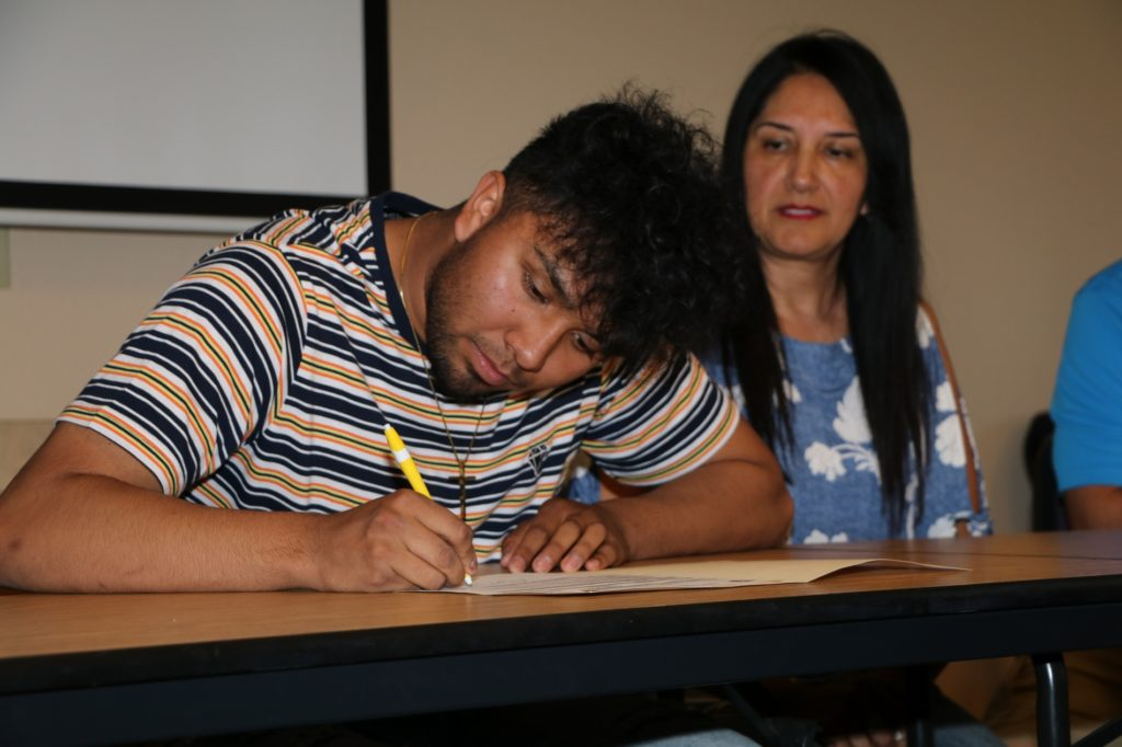 Gering's Avalos signs with WNCC soccer