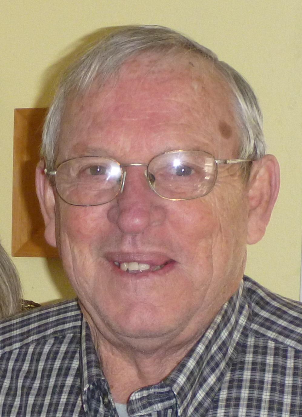 LeRoy Gottfried Becker, 82, Scottsbluff, formerly of Bayard