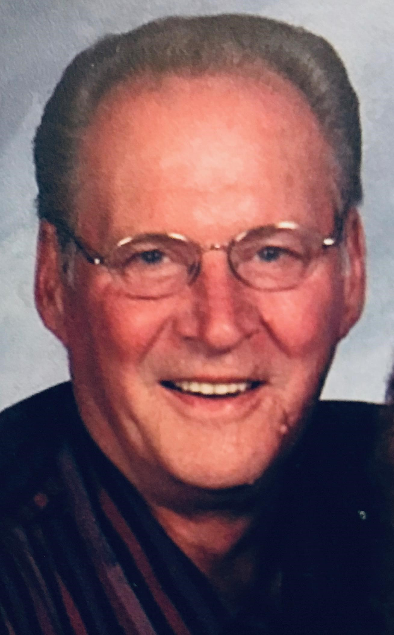 "Robert ""Bob"" W. Connell, 73, Scottsbluff"