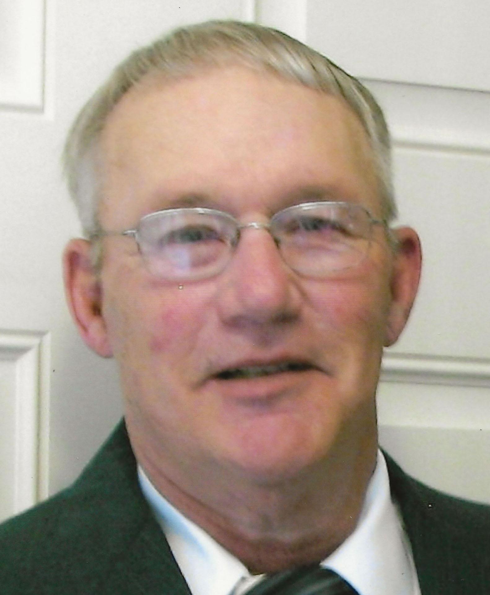 "Randall Gaillan ""Randy"" Vinzant, 70 years of age, of Lincoln, Nebraska, (formerly of Bertrand and Elwood, Nebraska)"