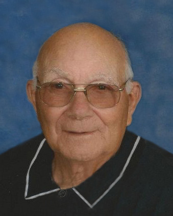 Lloyd Ray Foster, 90 years of age, of Holdrege