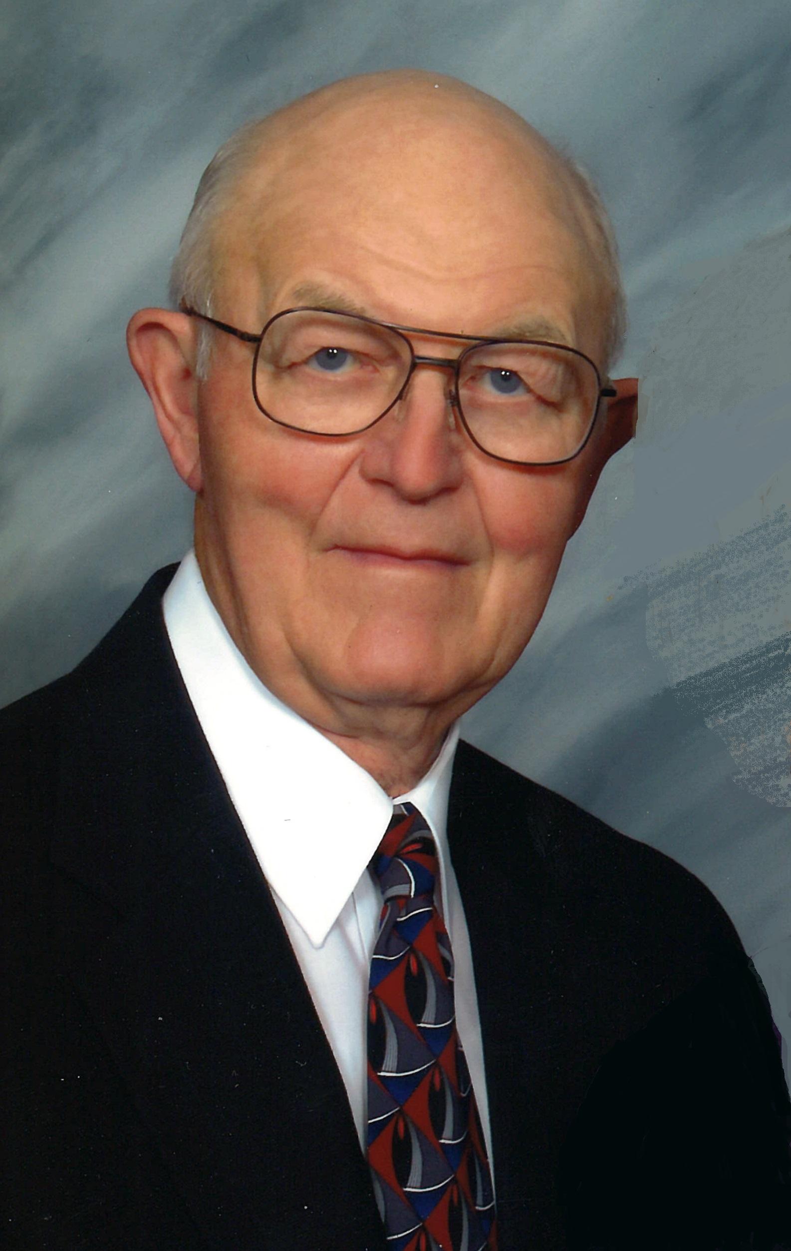 Valery Neesen, age 90, formerly of Snyder, Nebraska