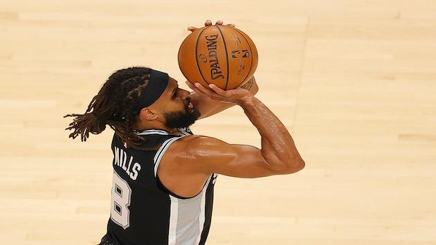 NBA postpones San Antonio, Charlotte games after 4 Spurs test positive