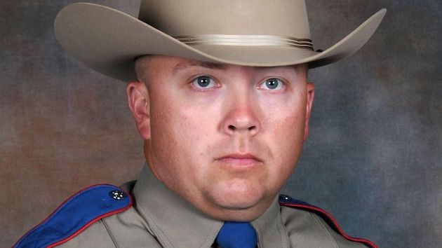 Man wanted in roadside ambush shooting of Texas trooper found dead