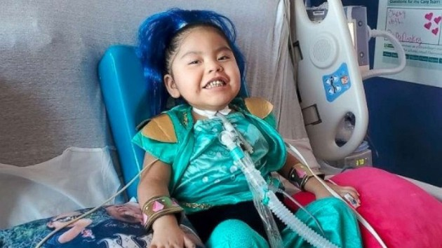4-year-old 'fighter' leaves hospital after 9-month battle with COVID-19