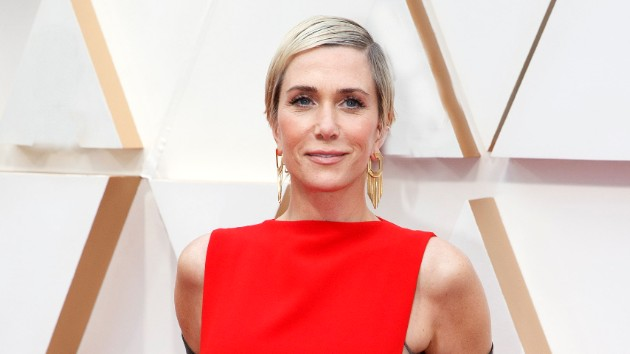"""""""It's changed my life"""": Kristen Wiig reveals she's married; talks work and family life during the pandemic"""