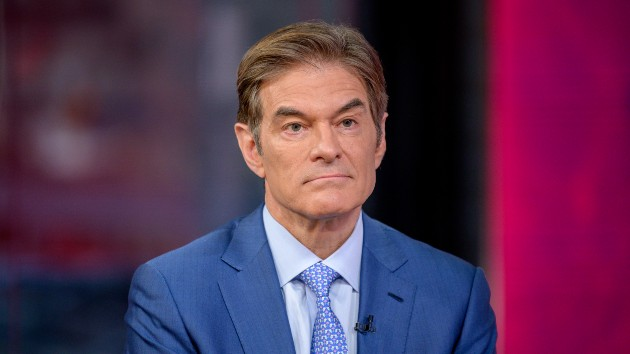 Dr. Oz helps save man who collapsed at Newark Liberty International Airport