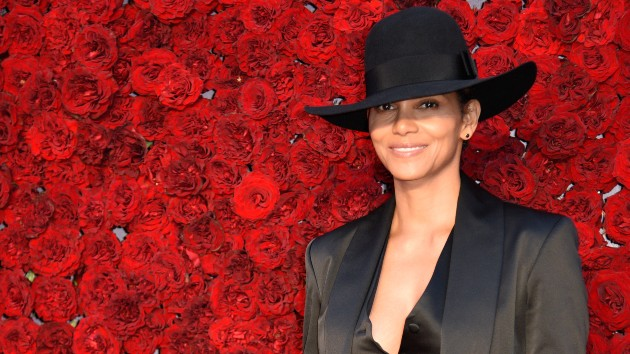 """Halle Berry laughs off critics claiming she """"can't keep a man"""""""