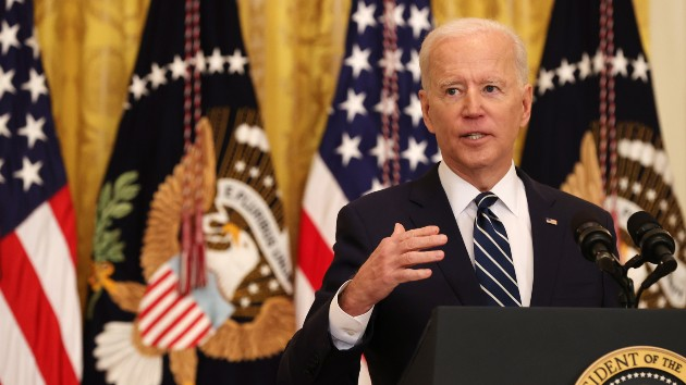 Biden faces thorough questioning — and largely avoids major headlines