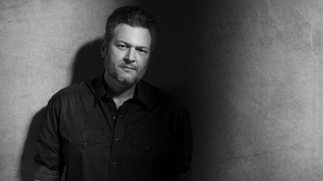 """For Blake Shelton, """"Minimum Wage"""" is all about love"""