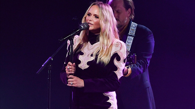 """Miranda Lambert reveals """"special moment"""" that helped ex-husband Blake Shelton heal from losing brother"""