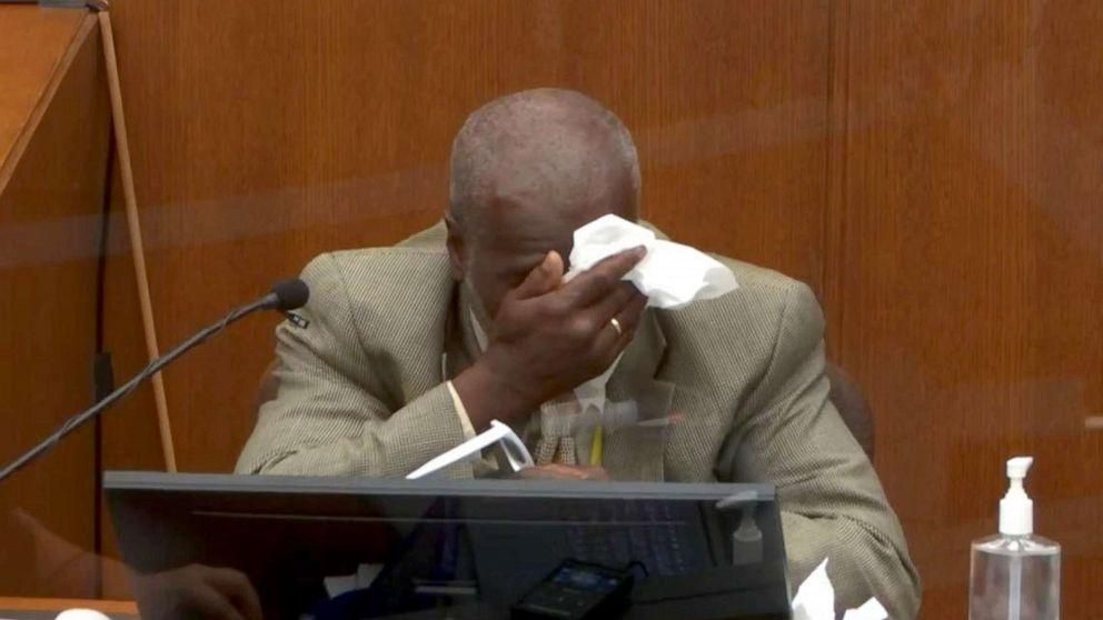 Witness breaks down while watching body camera footage of George Floyd's arrest: 'I feel helpless'
