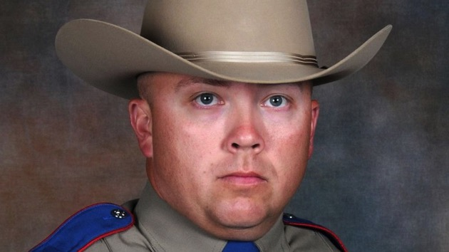 Texas trooper 'no longer displays signs of valuable brain activity' after being shot