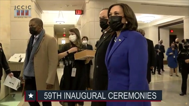Officer who fended off Capitol mob escorts Kamala Harris to inauguration
