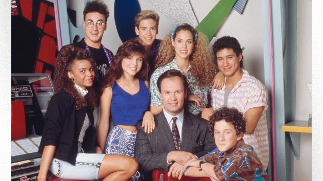 'Saved by the Bell' co-stars pay tribute to the late Dustin Diamond