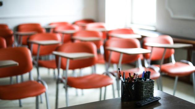 School debate rages on, despite CDC effort to set federal benchmarks