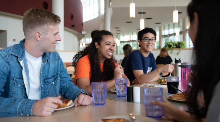 Smaller plates help reduce food waste in campus dining halls