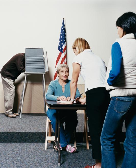 Nebraska voters approve interest rate cap on payday lenders