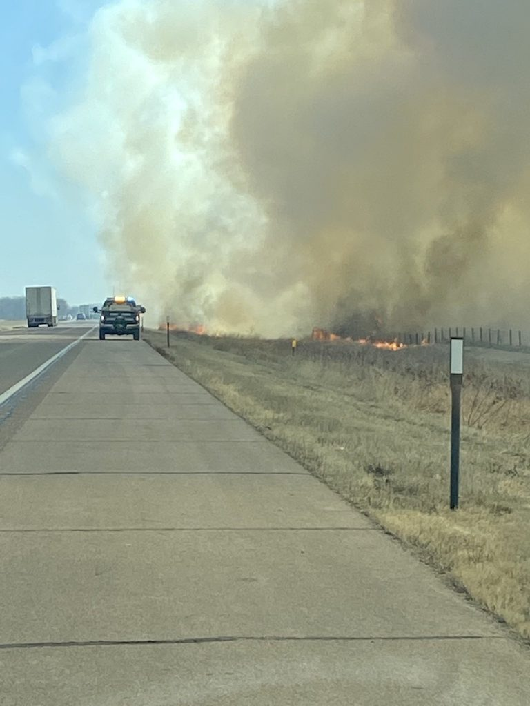 Grass fire closed portion of Interstate at Brady