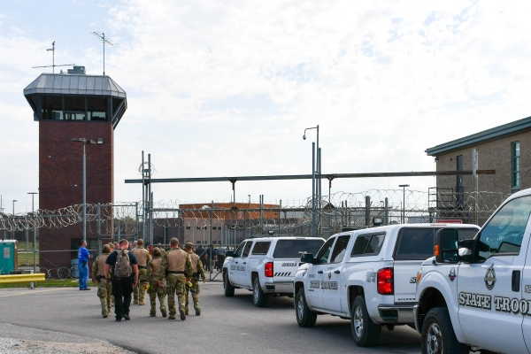 As other states close prisons, Nebraska may build a big one