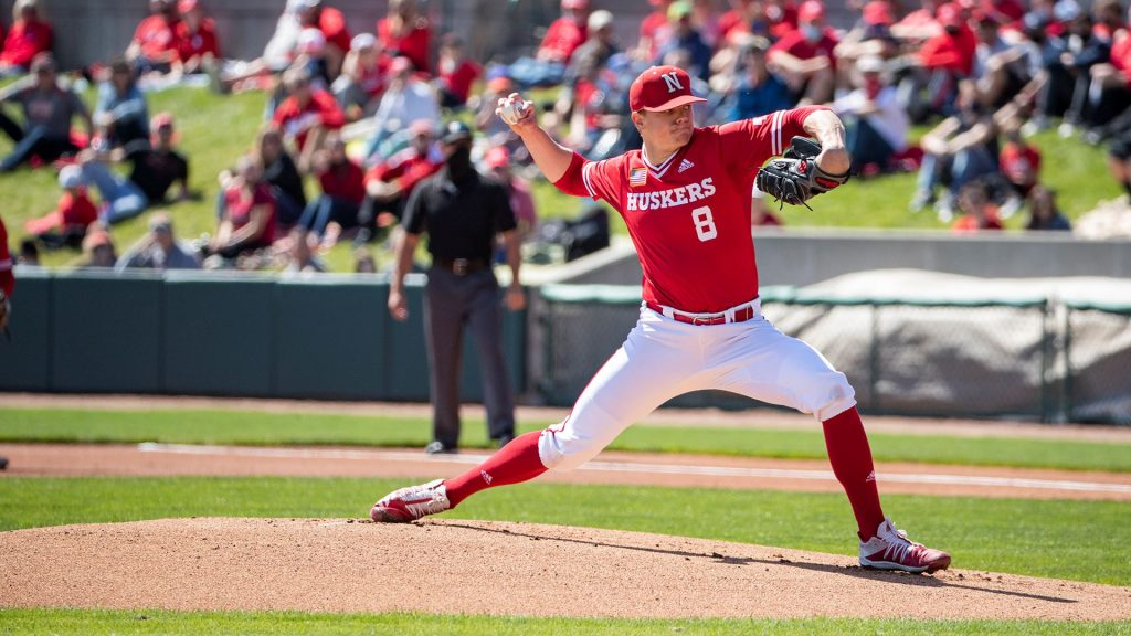 Huskers Swept At Home