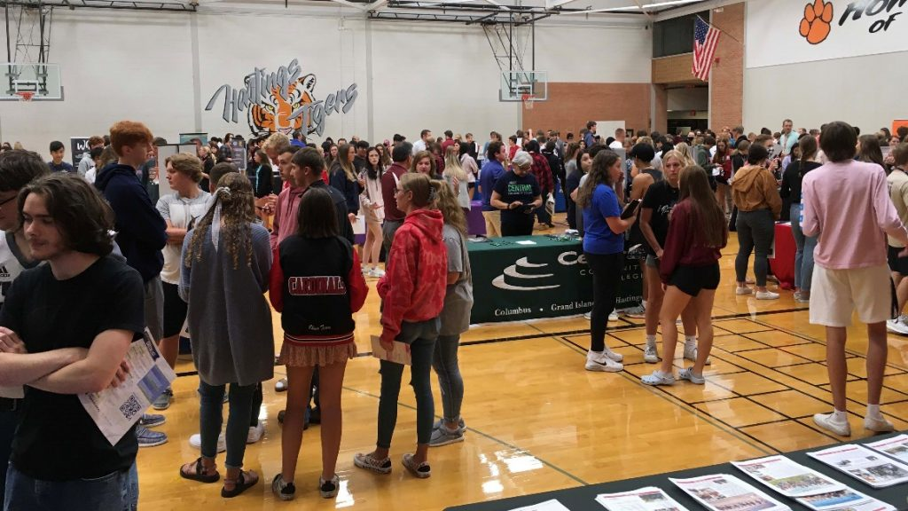 College fairs attract students