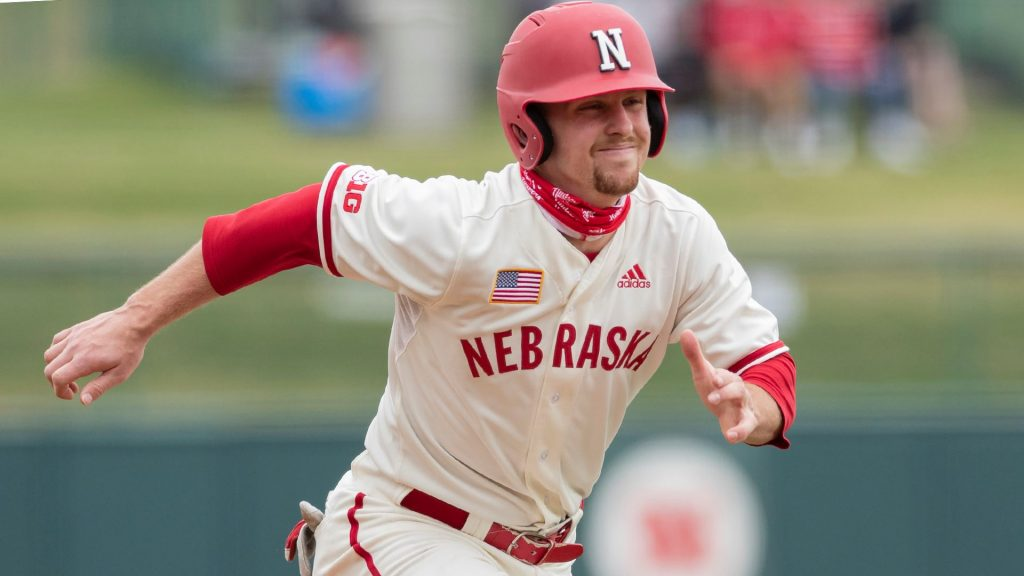 Huskers take Three of Four in New Jersey