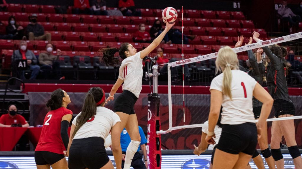 Huskers Fall in Five to No. 11 Ohio State