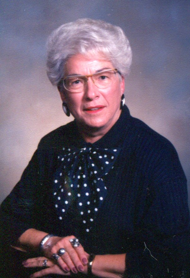 Vera M. Strachan, 89, Gering
