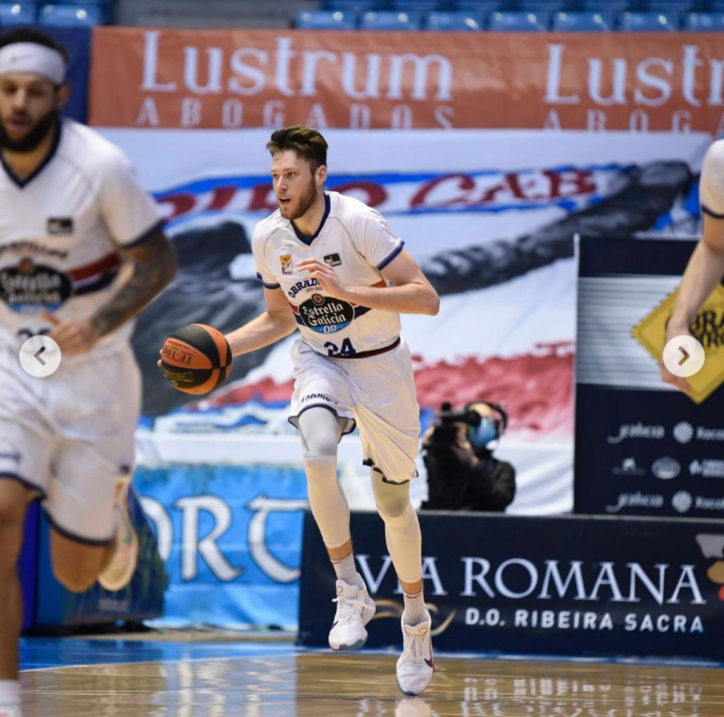 Mike Daum signs with pro team in Italy