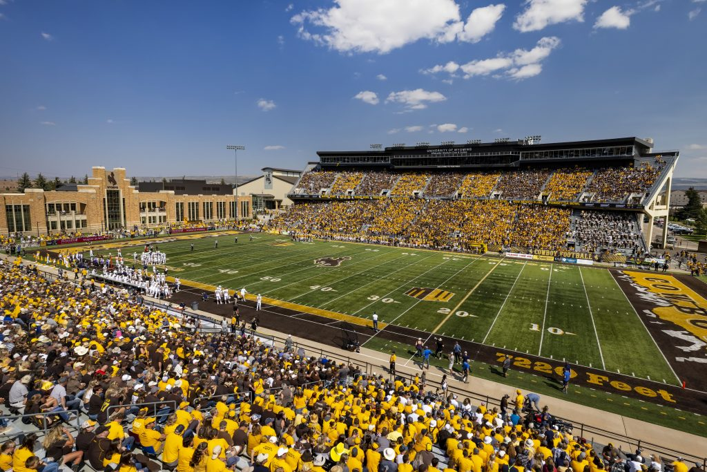 Wyoming hosting Fresno State in first Mountain West home game of year