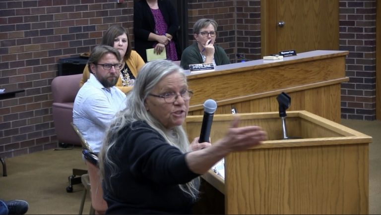 Patrons Blast Gering School Board During Monday Meeting