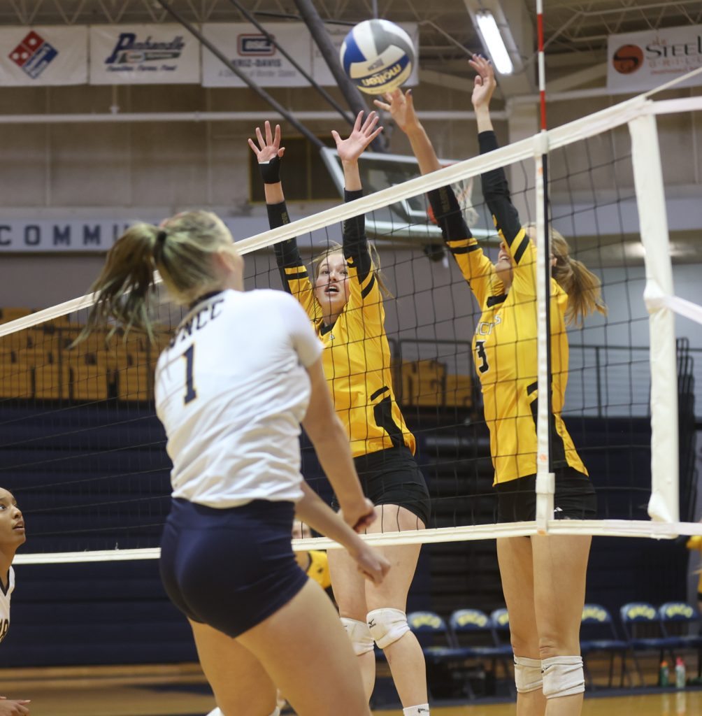 Strong serving leads WNCC to sweep over EWC