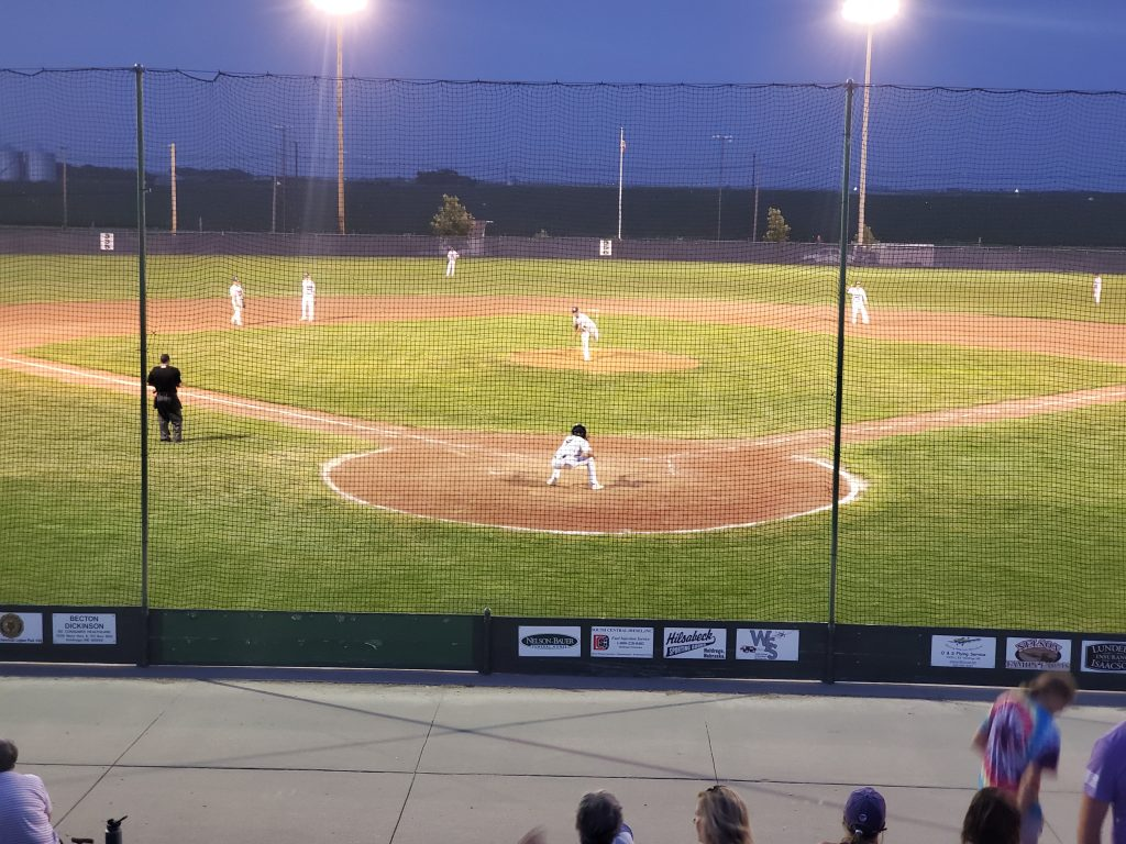 Minden Ends First State Bank Win Streak in Rivalry Matchup