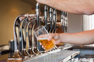 Judge orders Anheuser-Busch to halt 'corn syrup' labels