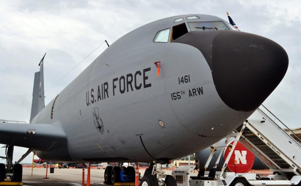 Air Force airmen honored for helping Nebraska family