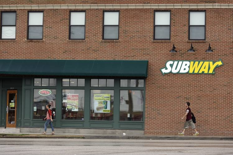 (AUDIO) Subway Deletes Facebook Comments After New Policy Of No Antibiotics Ever