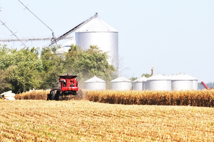 EPA favors oil refiners over corn farmers