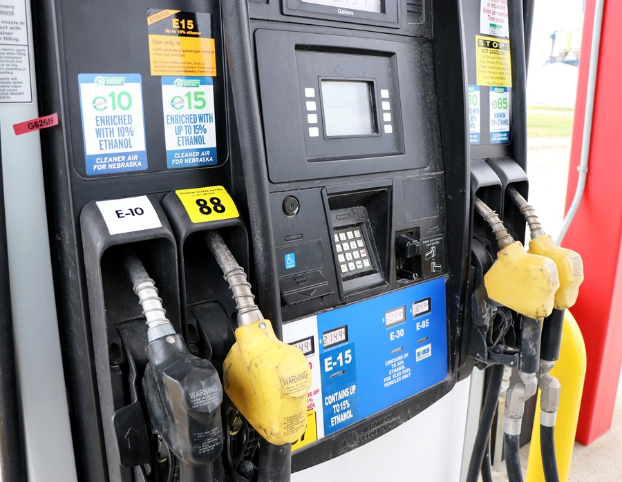 Gov. Ricketts Calls on EPA to Adjust Renewable Volume Obligations, Bolster Ethanol Market