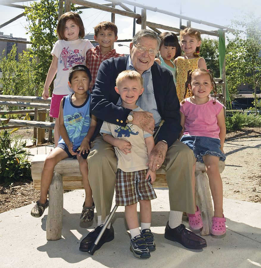 Regents Medal honors late Omaha philanthropist Dick Holland