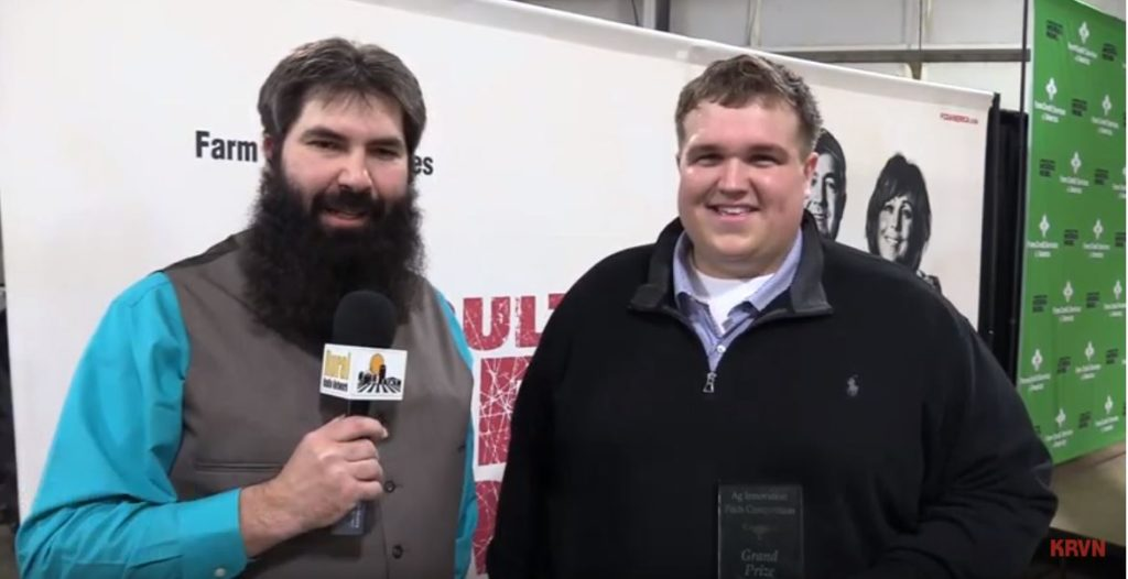 Nebraska Pig Farmer Wins $20,000 Quick Pitch Competition