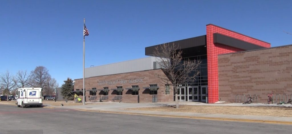 Grant Helps Expand Alcohol, Drug Counseling Services at Scottsbluff High
