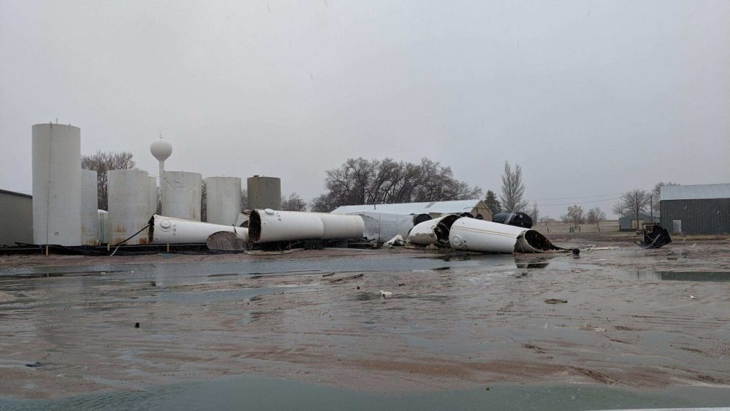 Storage tank failures release 200,000+ gallons of fertilizer in Hemingford