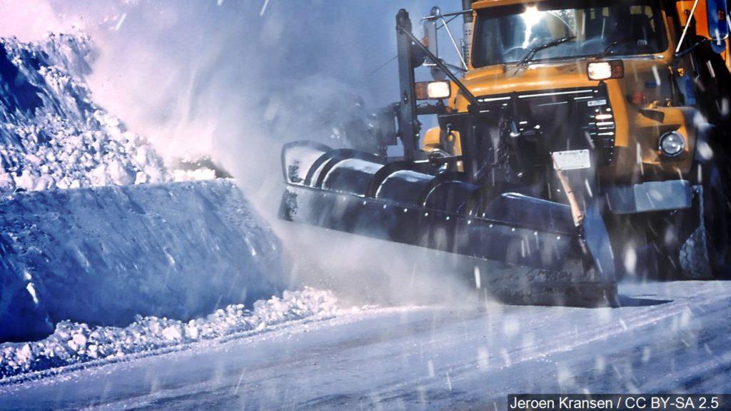 Powerful system leaves behind heavy snow in western & central  Nebraska