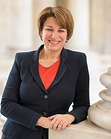 2020 candidate Klobuchar releases plan to help US farmers