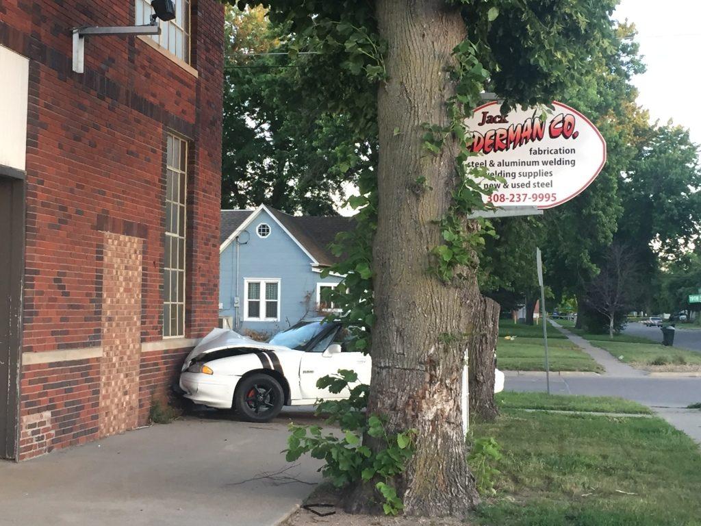 Man shot by Kearney police to get $300K settlement