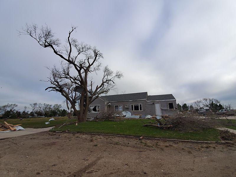 (AUDIO) Extensive damage on Johnson farmstead near Farnam