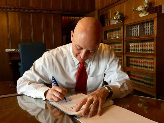Gov. Ricketts Signs Budget Delivering $550 Million Of Property Tax Relief