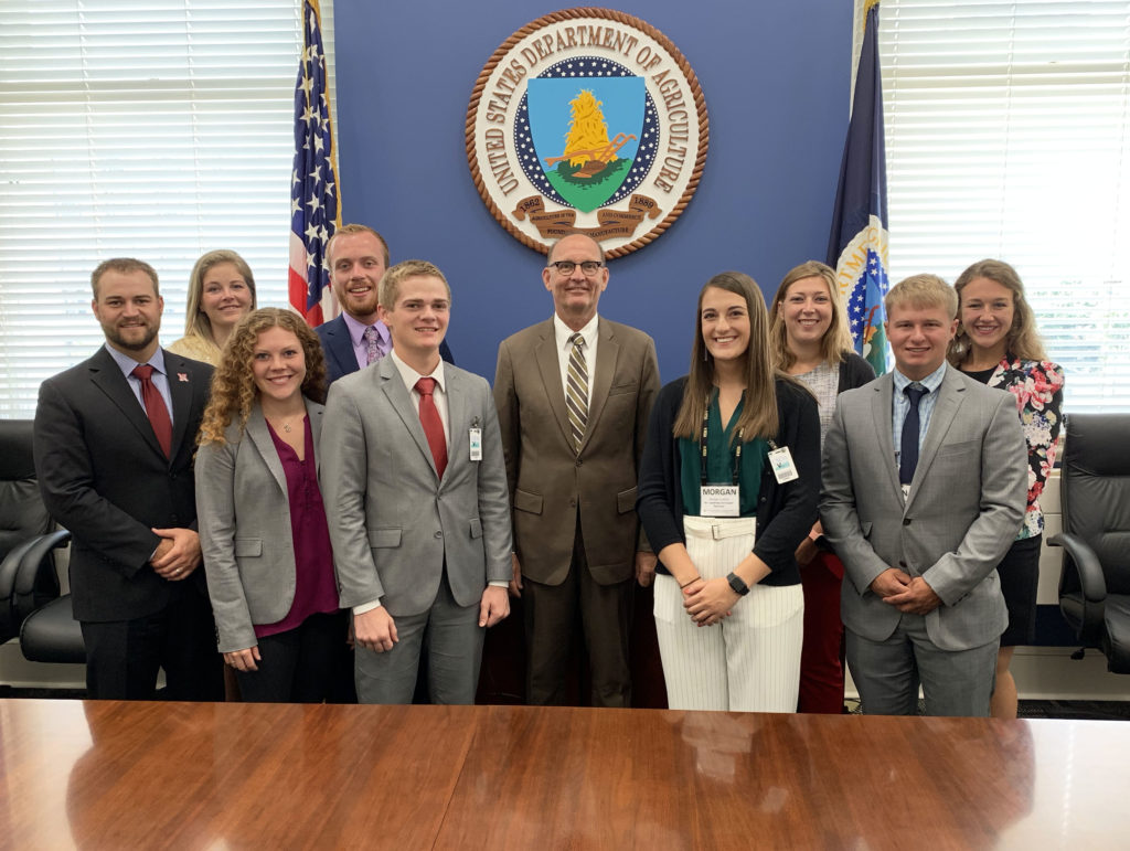 (Video) Nine young leaders learn about U.S. agriculture and corn policy during annual D.C. leadership mission
